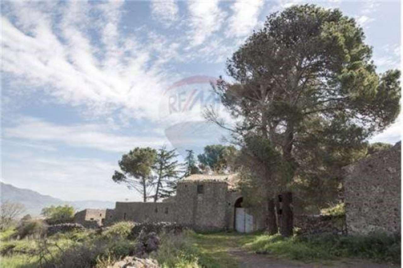 Casa Indipendente in buone condizioni in vendita Rif. 6789094
