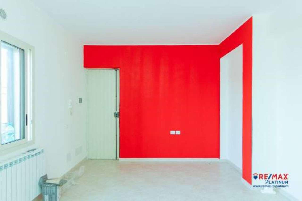 Appartamento in buone condizioni in vendita Rif. 6789097