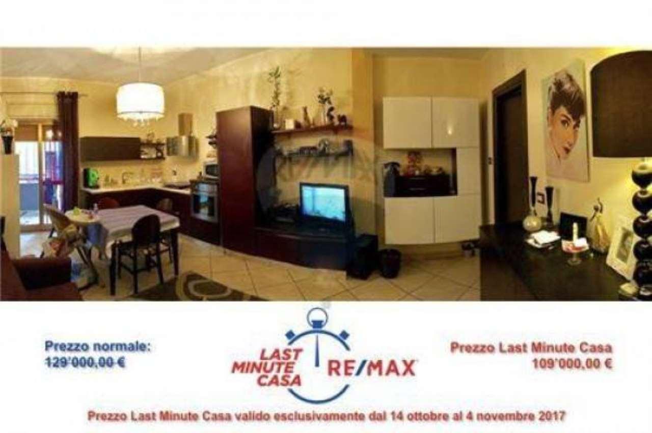 Appartamento in buone condizioni in vendita Rif. 6923582