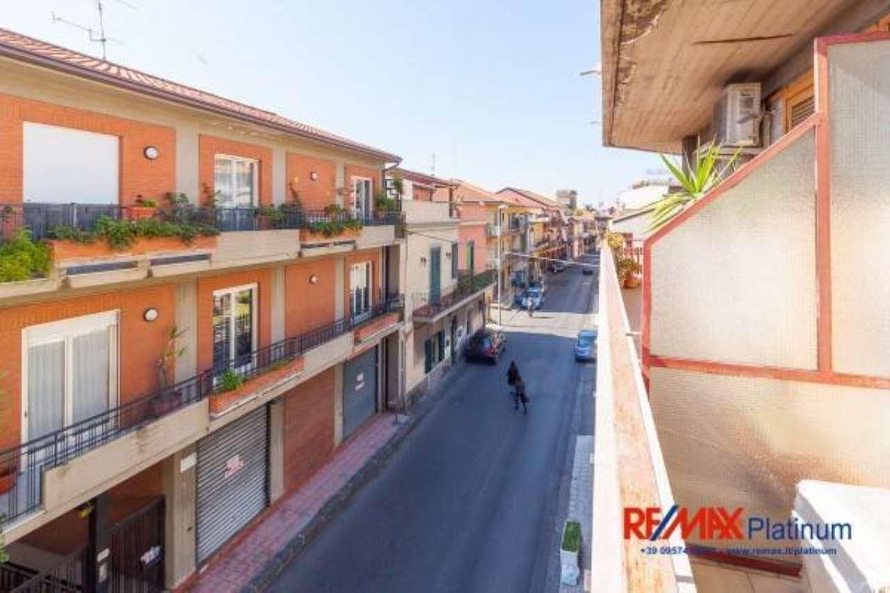 Appartamento in ottime condizioni in vendita Rif. 6923585