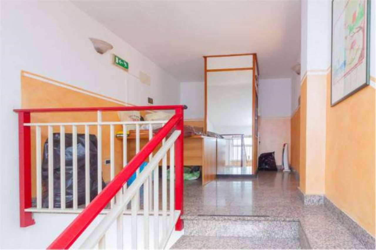 Appartamento in buone condizioni in vendita Rif. 6923588