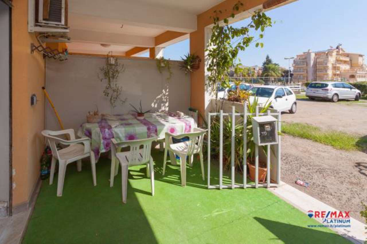 Appartamento in buone condizioni in affitto Rif. 6817527