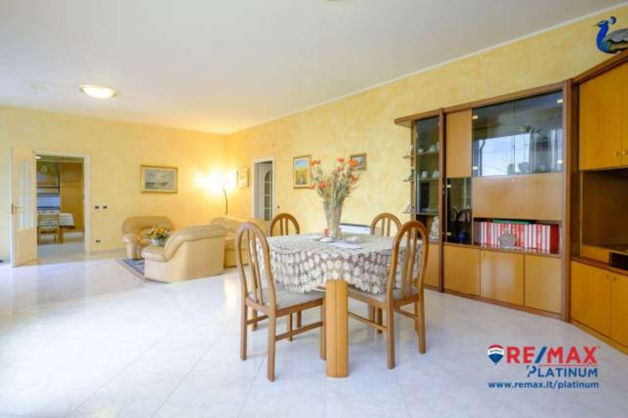 Appartamento semi indipendente 5 vani Nicolosi