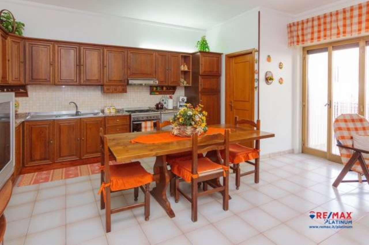Appartamento 5 Vani + Garage e Terrazzo Panoramico a Patern