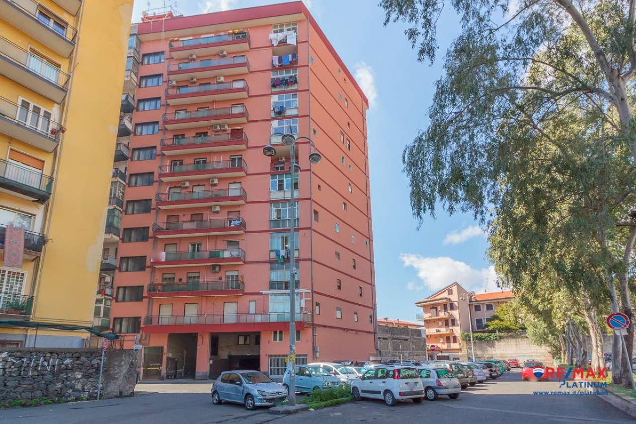 Appartamento in buone condizioni in vendita Rif. 6788936