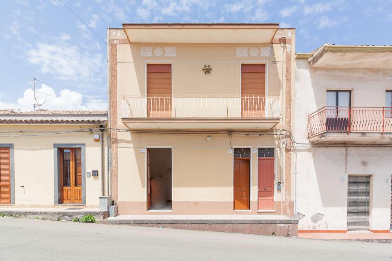 Appartamento da ristrutturare in vendita Rif. 6668854