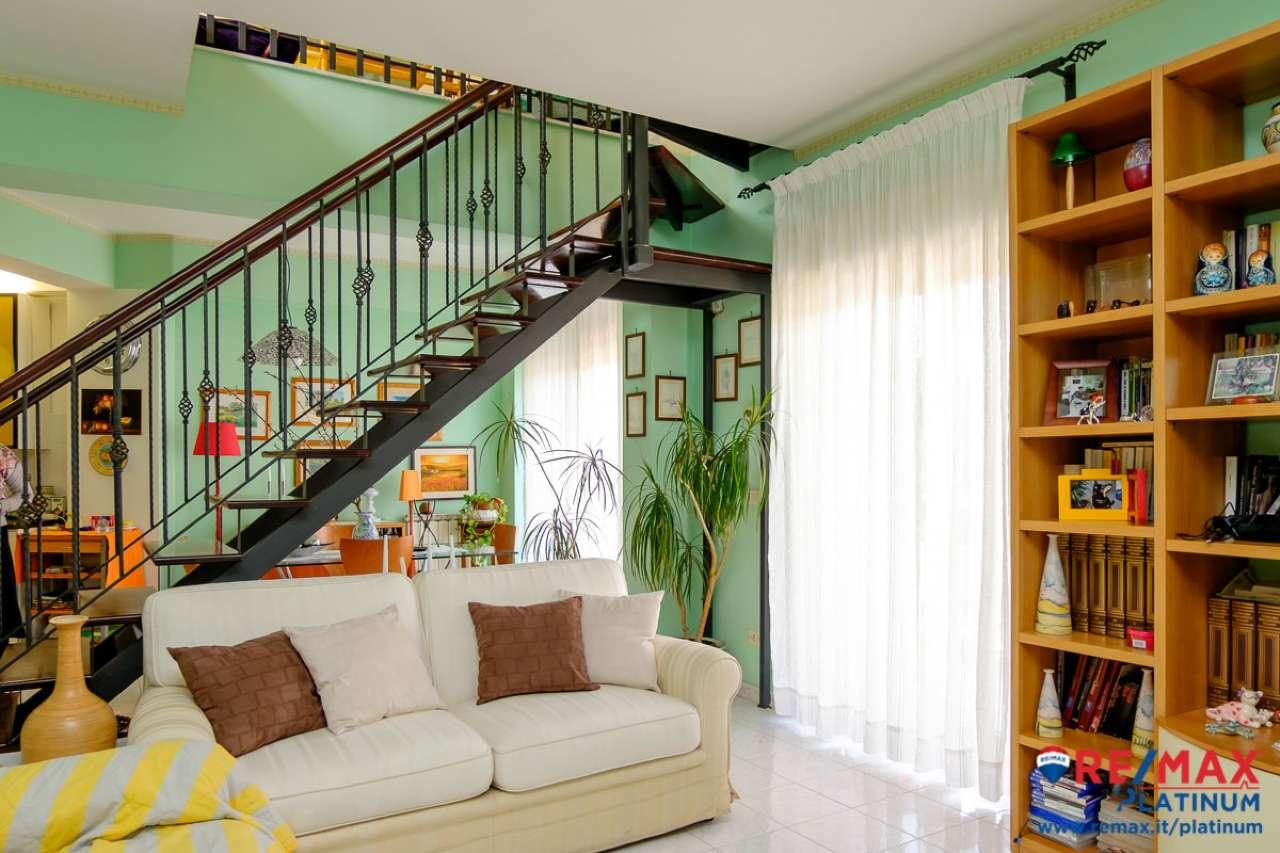 Appartamento in vendita Rif. 6762012