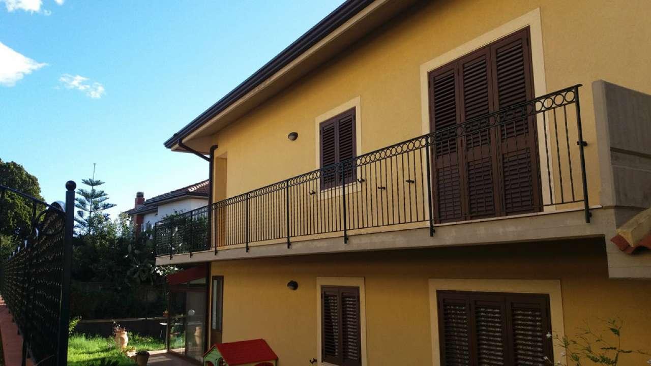 Valverde Nuovo e Rifinito Appartamento 4 Vani con possibilit à di Garage.