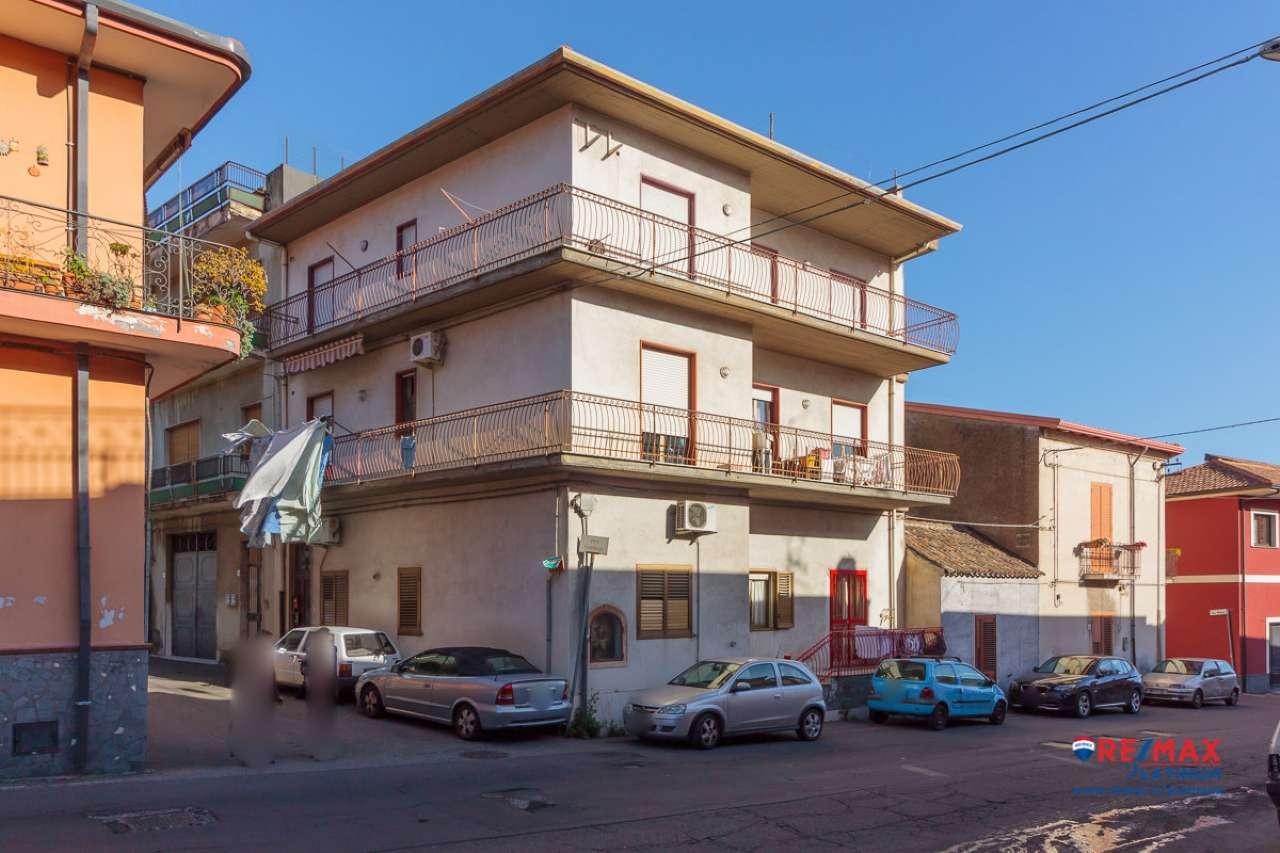 Appartamento 3 vani a S. Pietro Clarenza centro.