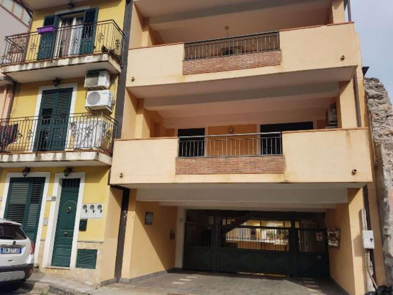 Appartamento in ottime condizioni in vendita Rif. 6789139