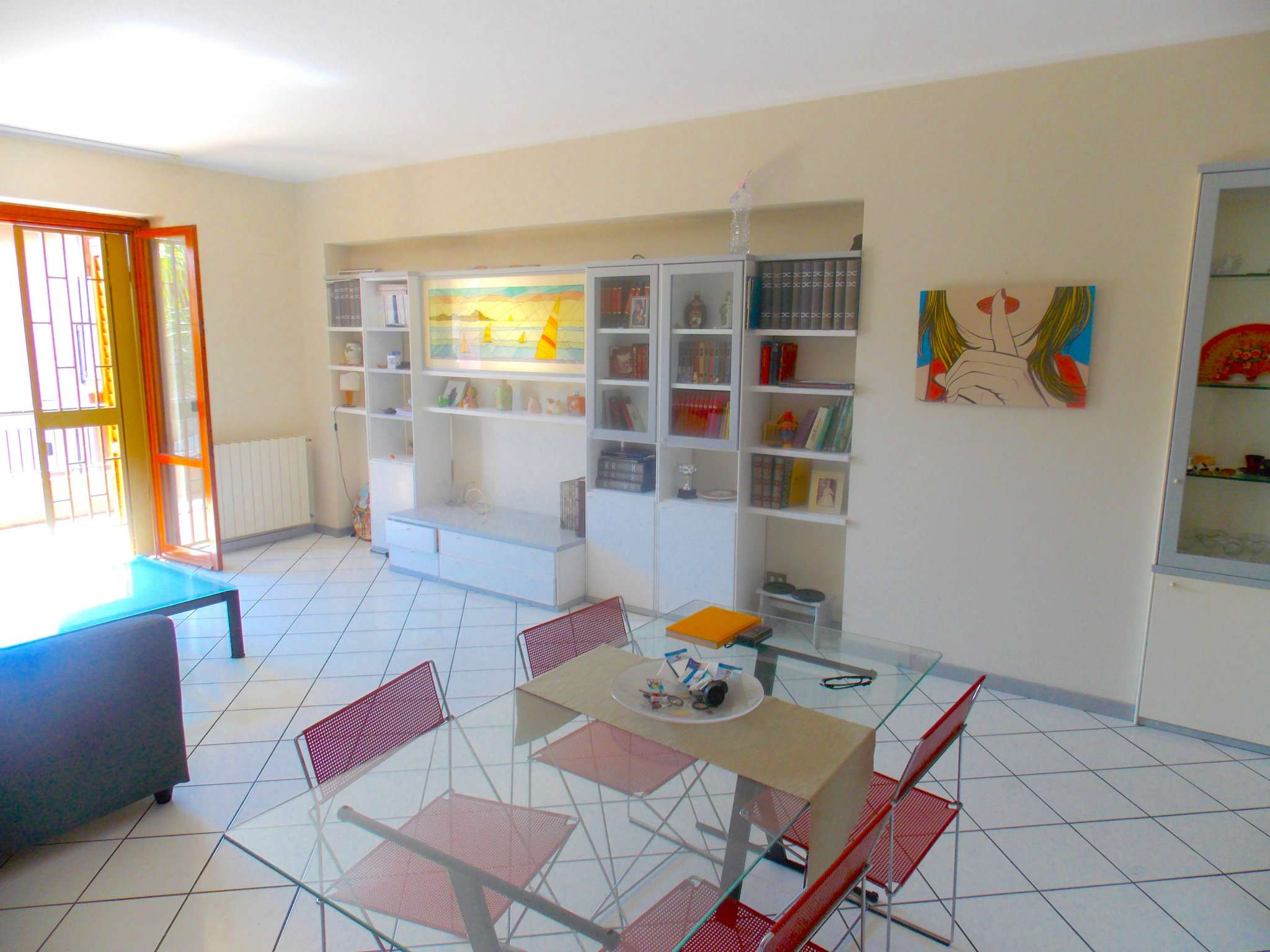 Appartamento in buone condizioni in vendita Rif. 6891709