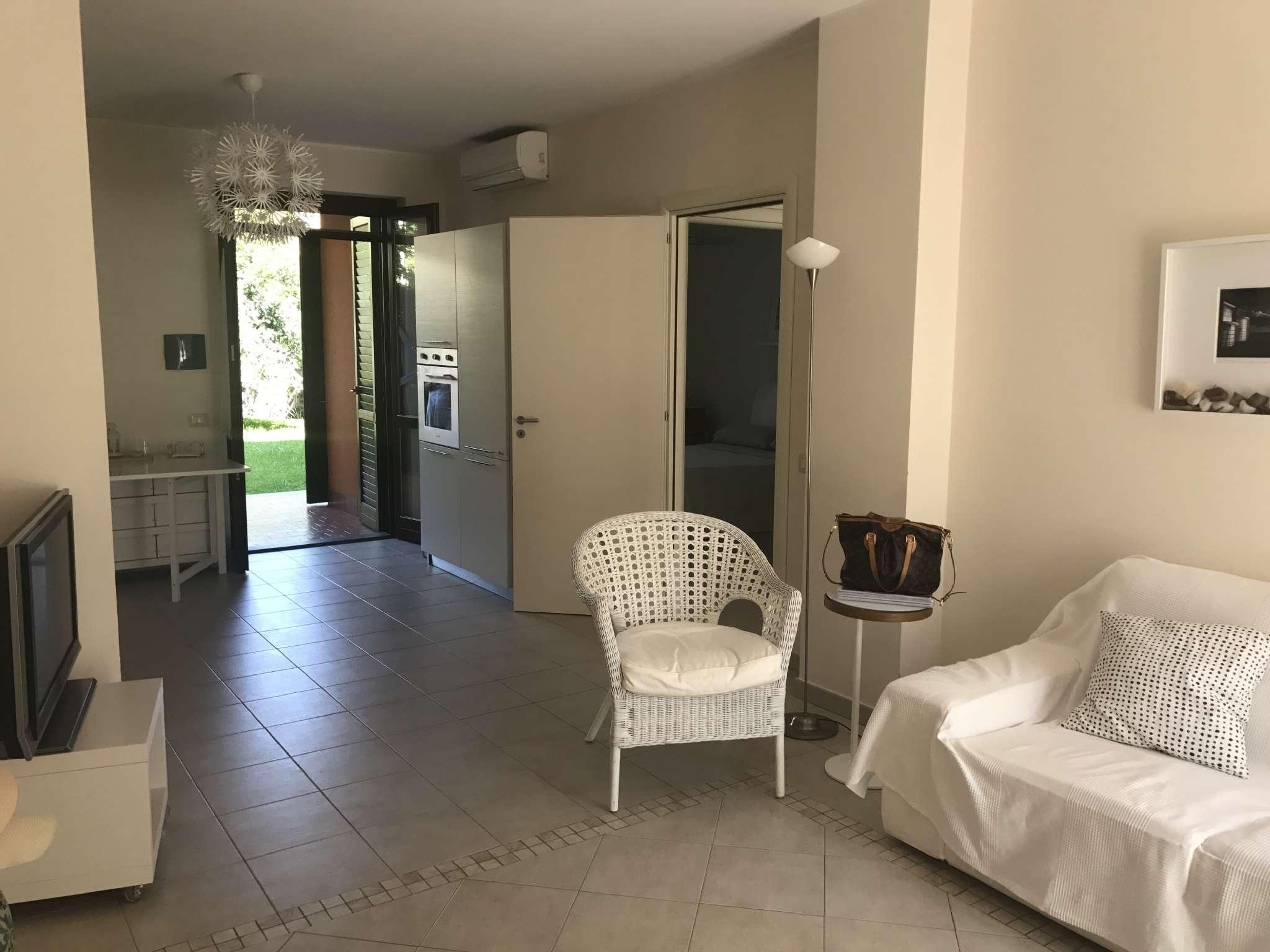 Appartamento ristrutturato arredato in vendita Rif. 6954993