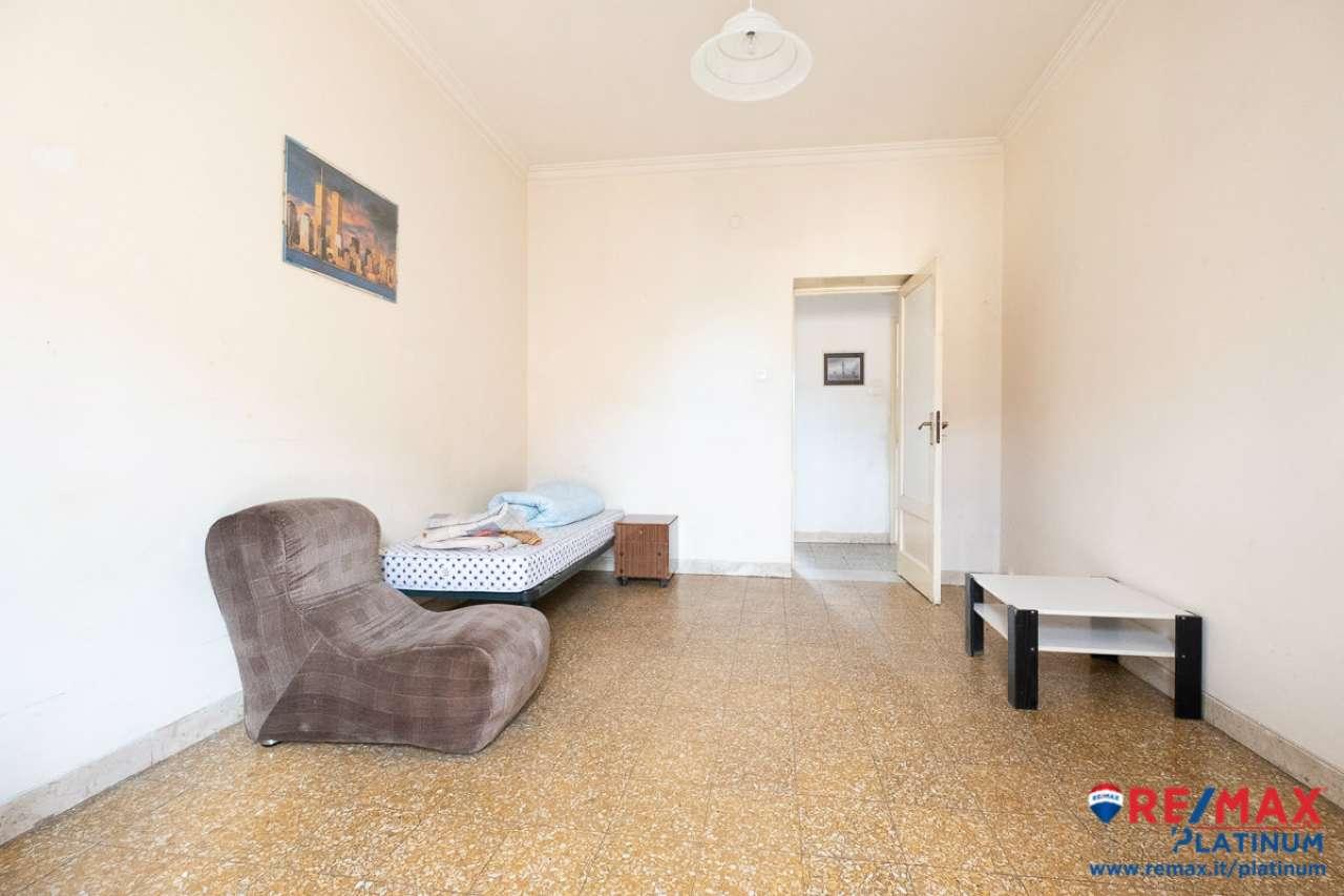 Appartamento in buone condizioni in vendita Rif. 7034194
