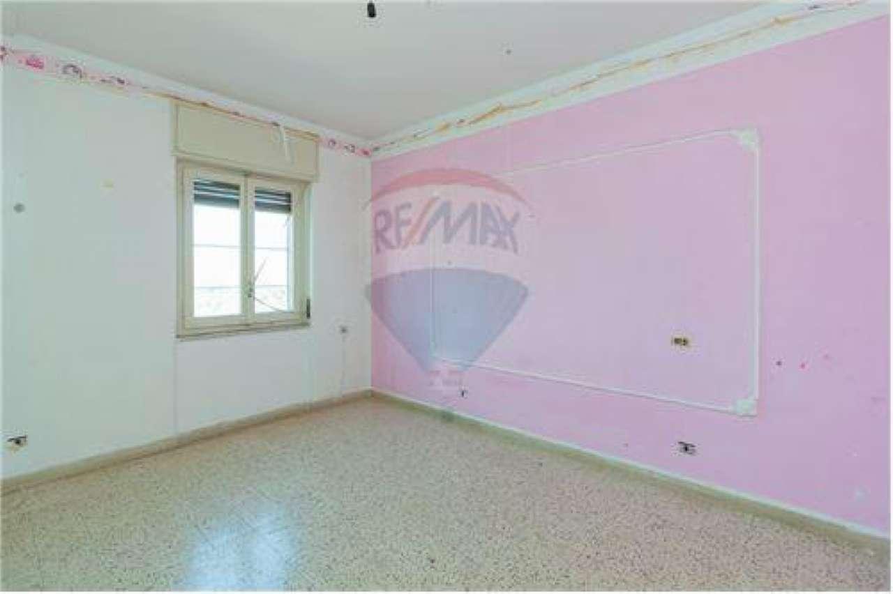 Appartamento in buone condizioni in vendita Rif. 7034191
