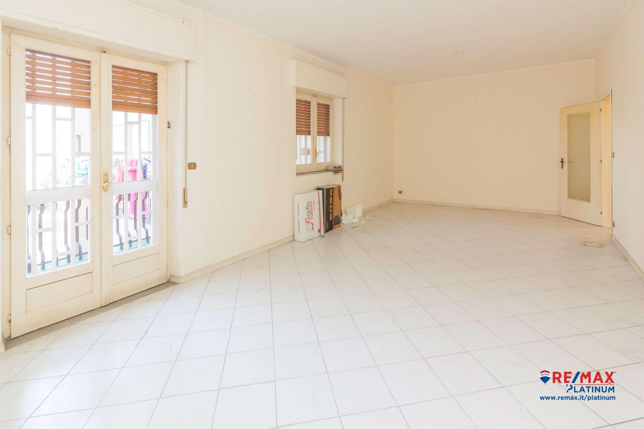 Appartamento da ristrutturare in vendita Rif. 7379737