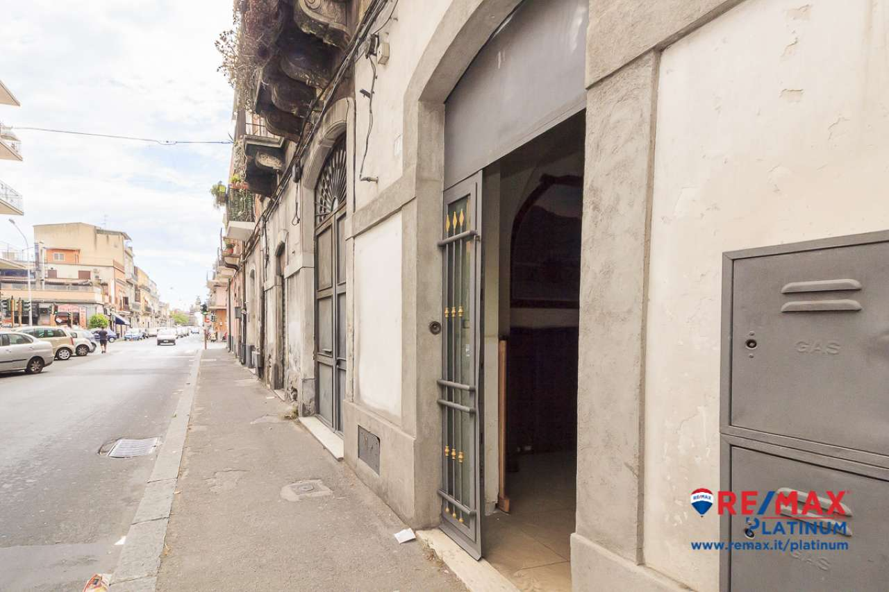 Bottega + deposito        30721119-17