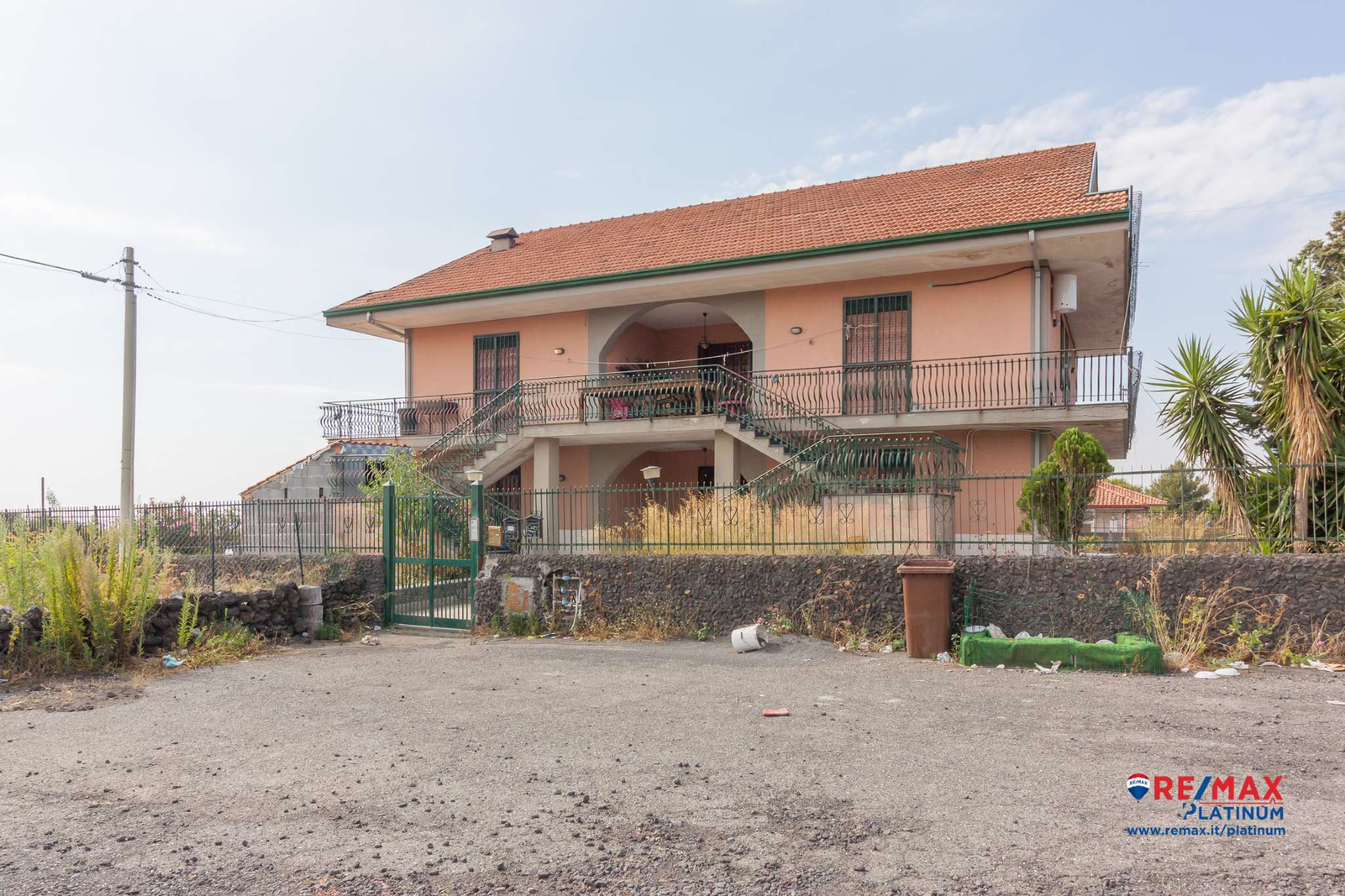 Appartamento in condizioni mediocri in vendita Rif. 7568663