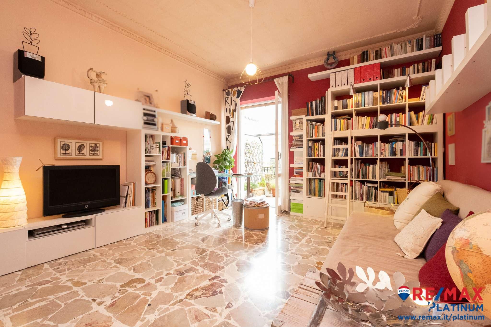 Appartamento in buone condizioni parzialmente arredato in vendita Rif. 7568665