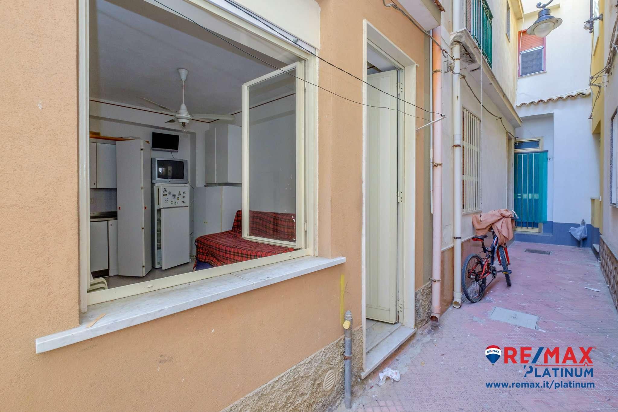 Casa Indipendente in discrete condizioni arredato in vendita Rif. 7655944
