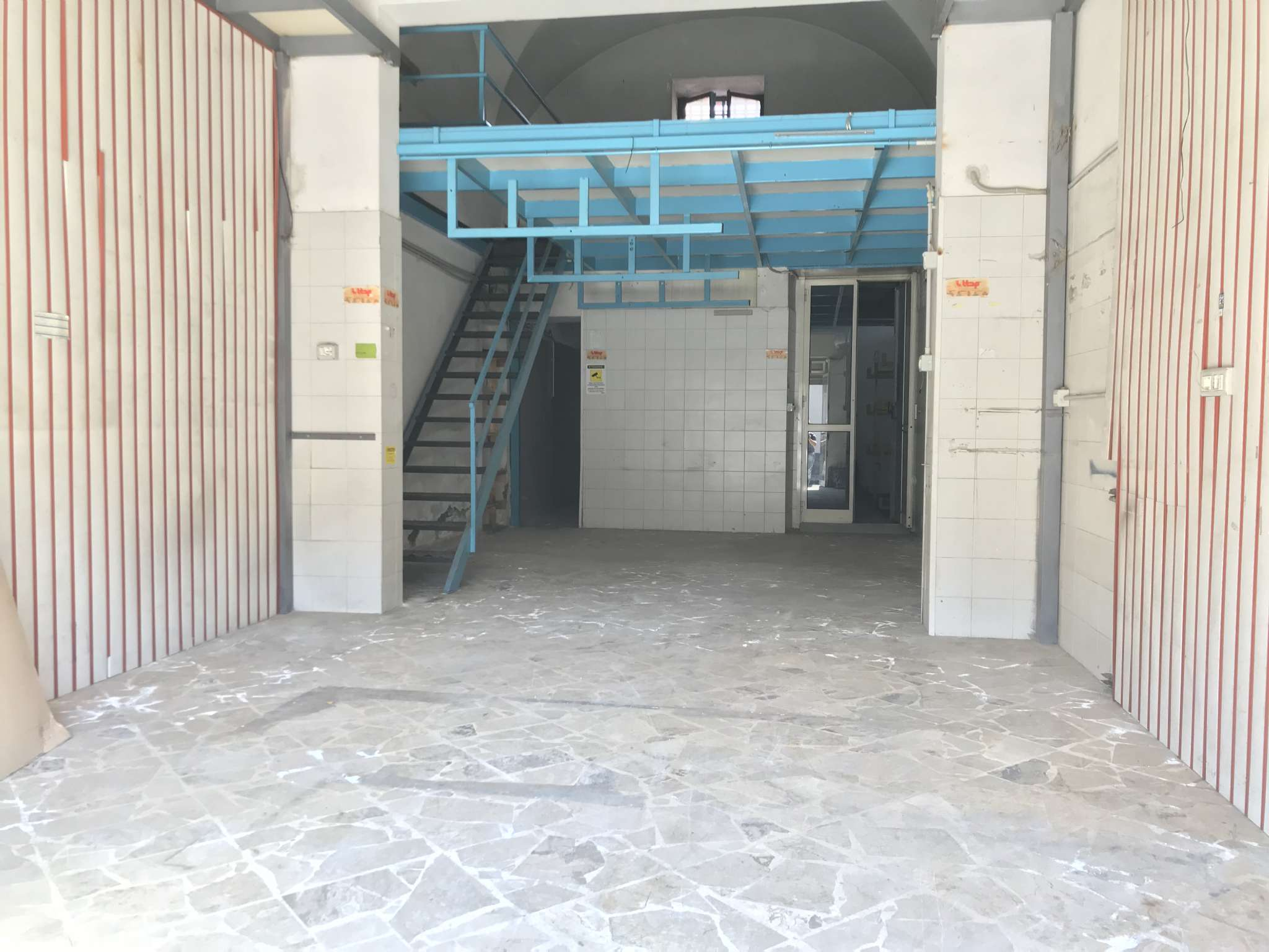 Affitto Bottega 44 mq con soppalco e servizio Rif. 8177029