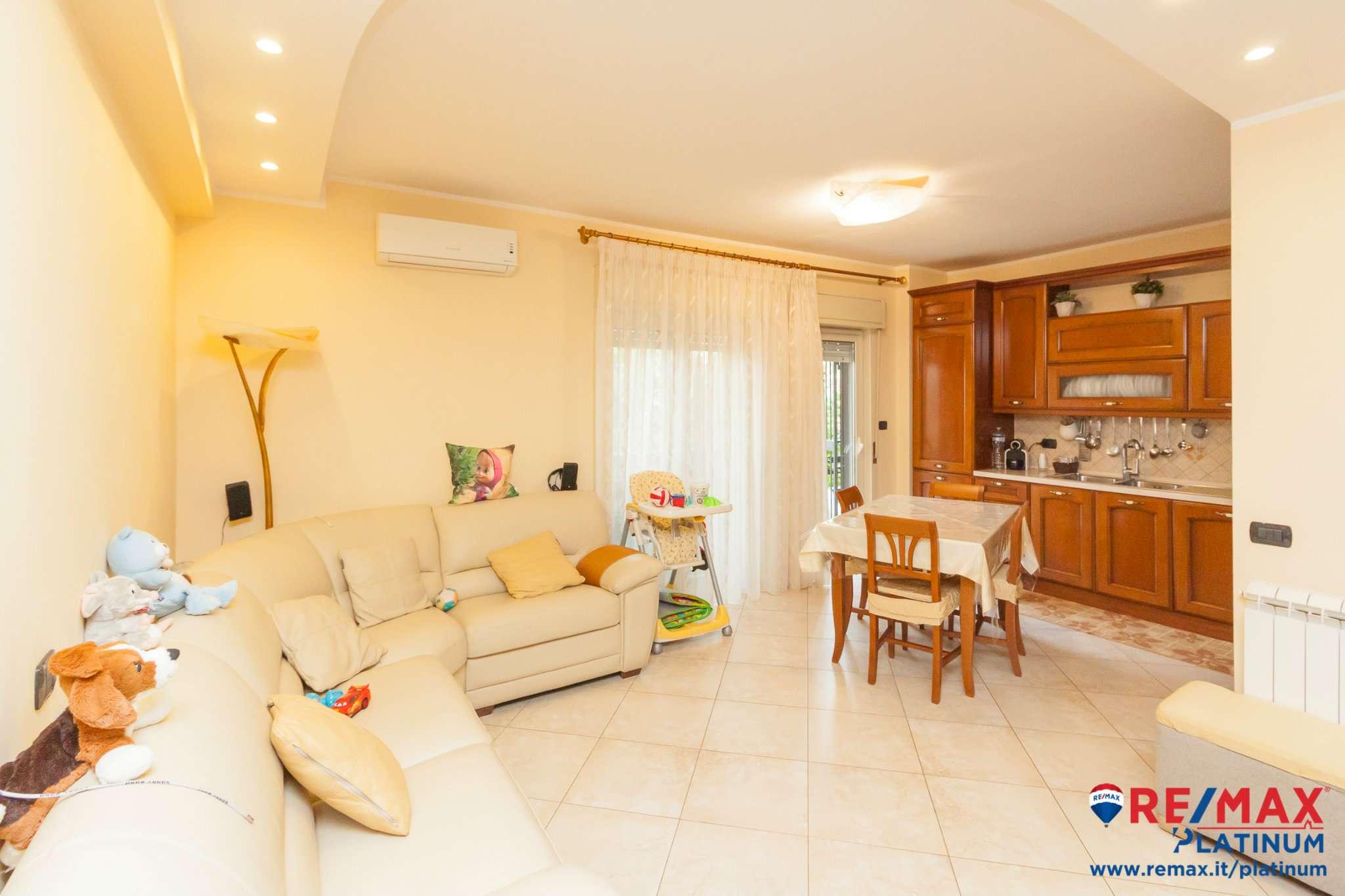 Appartamento ristrutturato in vendita Rif. 8273886
