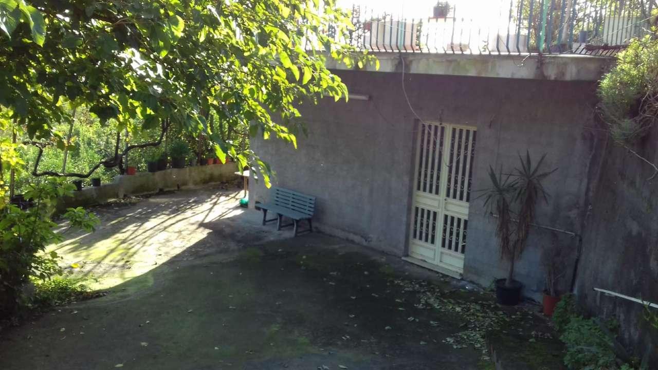 Rustico con terrazzo Belvedere in collina Etna Est. 30721087-57 Rif. 8260199