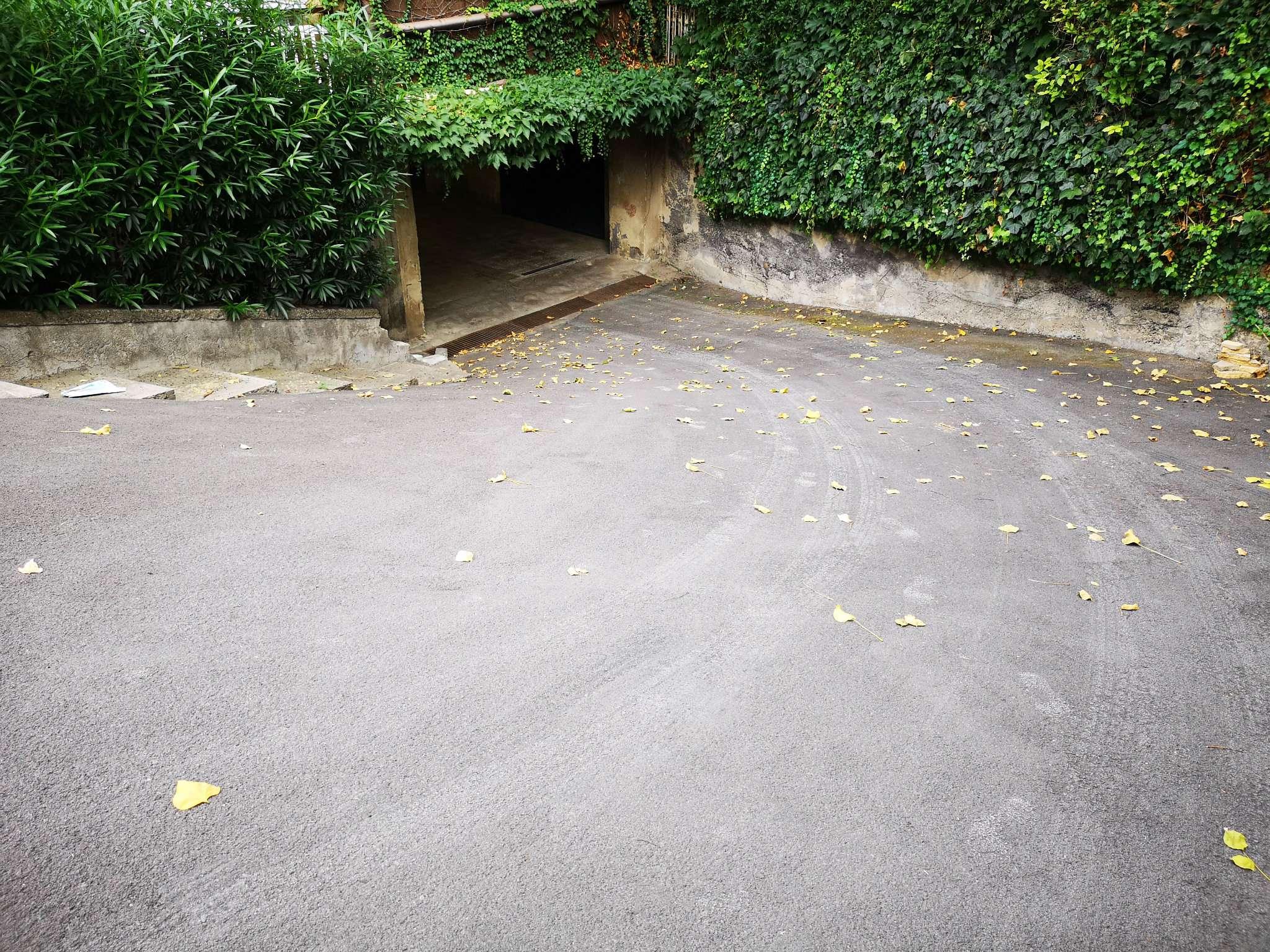 Ampio Garage Rif. 8414385