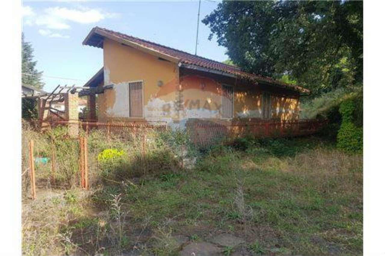 Casa Indipendente da ristrutturare in vendita Rif. 8483215