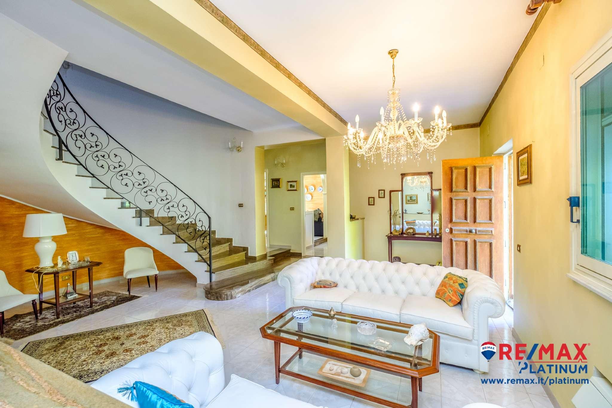 Casa Indipendente in buone condizioni in vendita Rif. 8650907