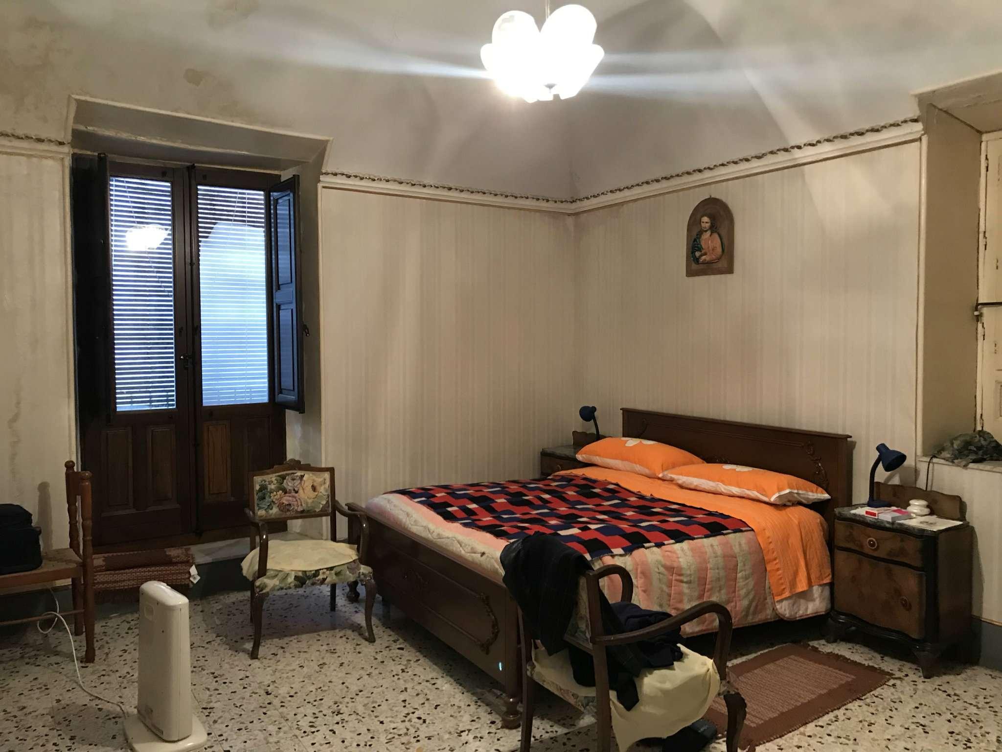 Soluzione Indipendente in vendita a Bronte, 4 locali, prezzo € 35.000 | CambioCasa.it