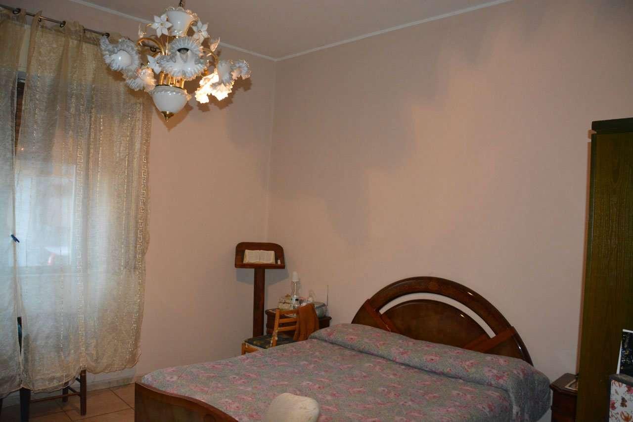 Appartamento in buone condizioni in vendita Rif. 9247379