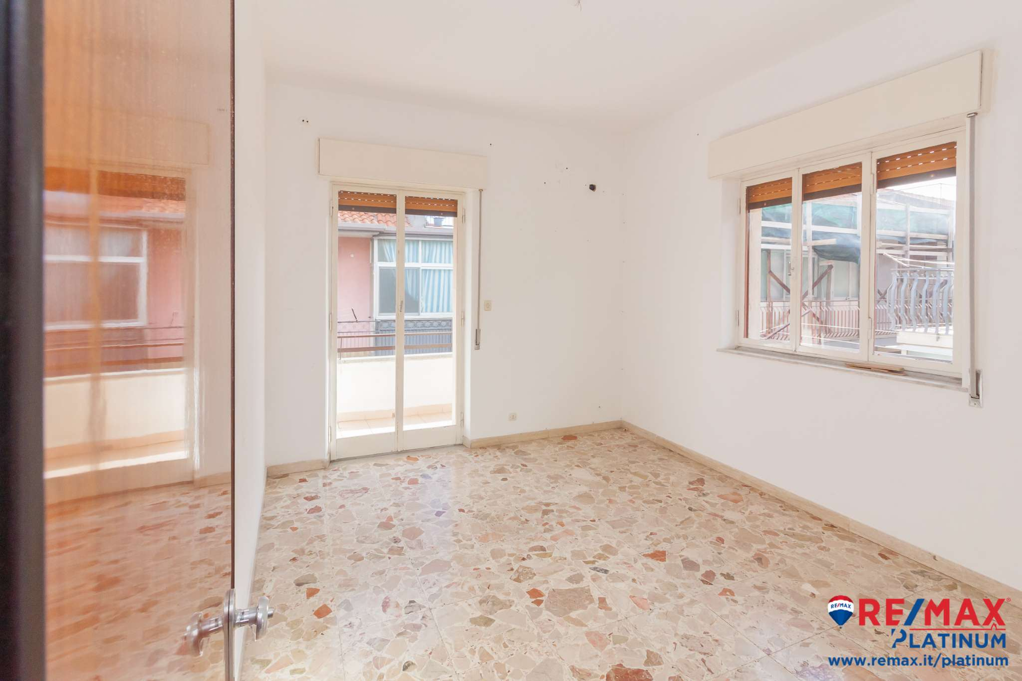Appartamento con 3 camere più terrazza sovrastante