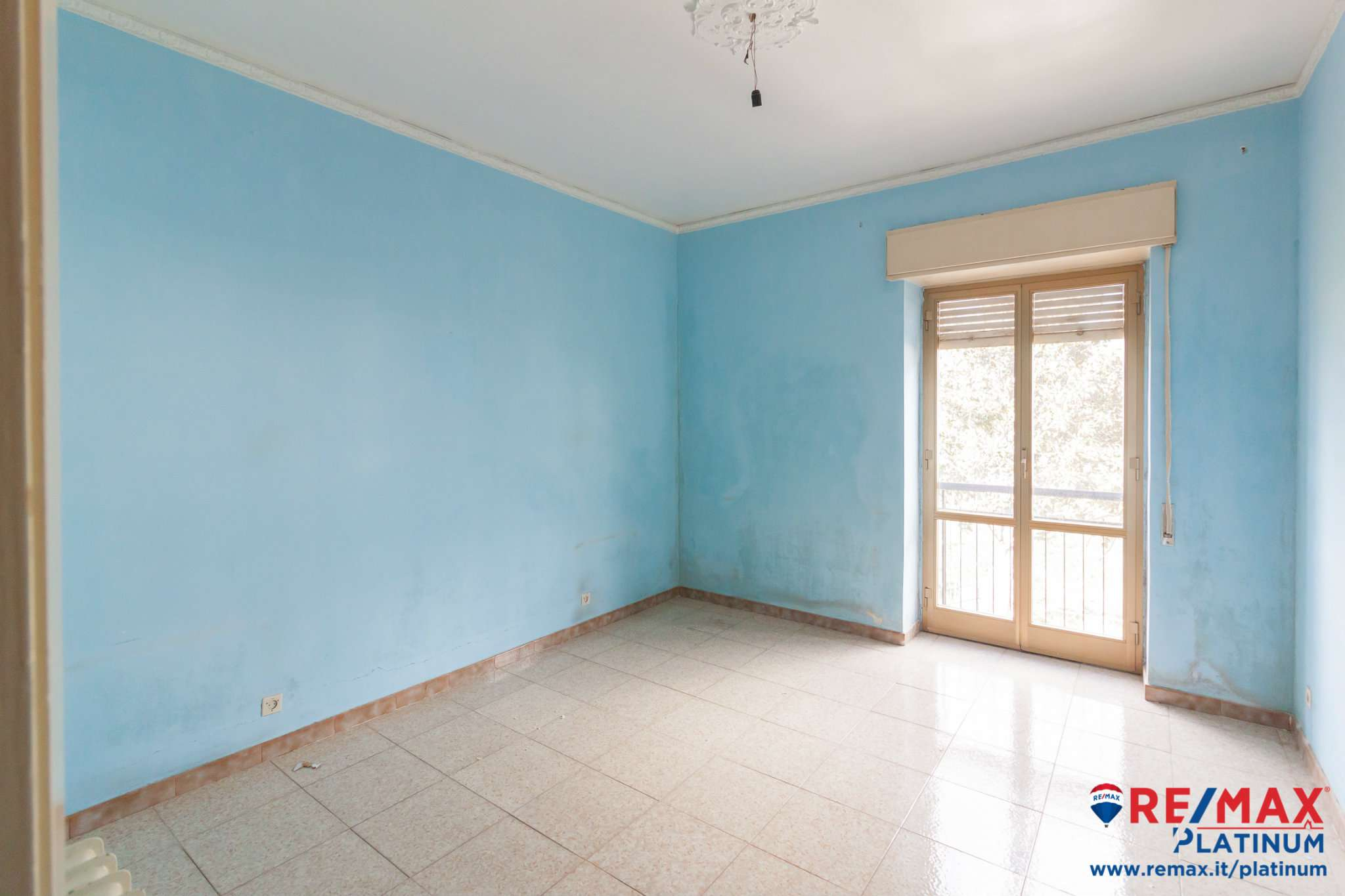 Appartamento in buone condizioni in vendita Rif. 9488908