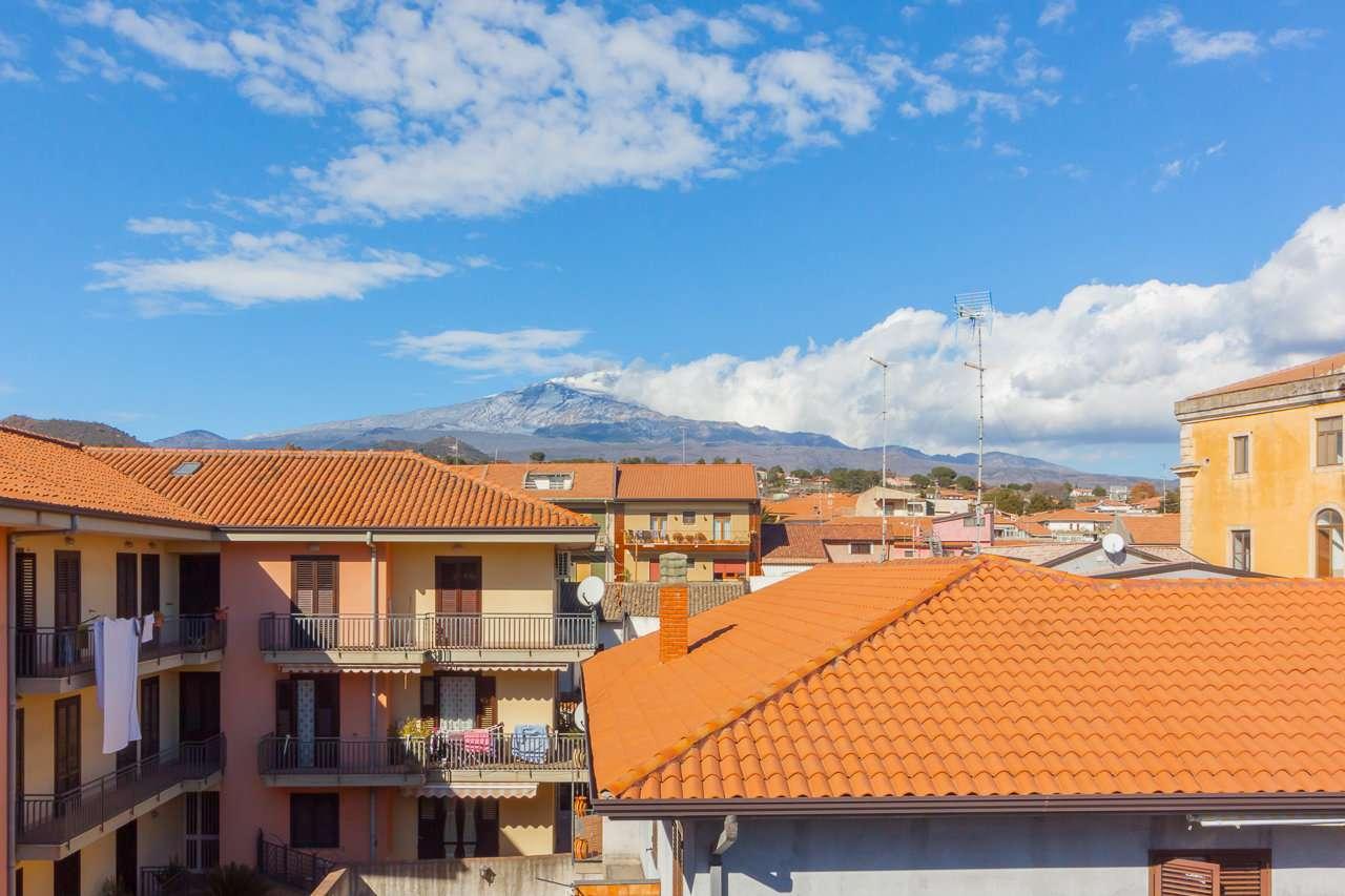 Appartamento panoramico vista mare ed Etna in Pedara