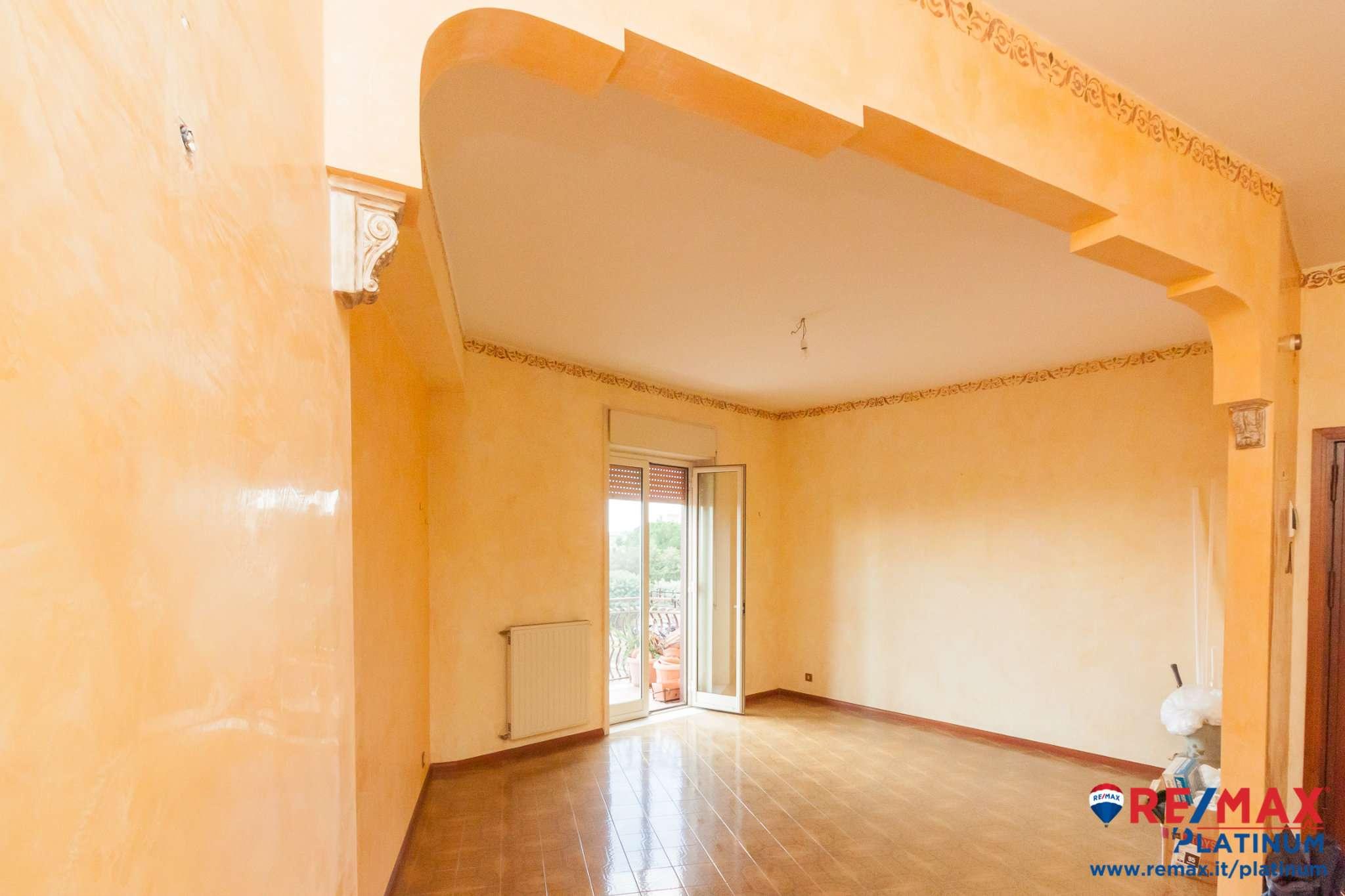 Appartamento in affitto a Mascalucia, 5 locali, prezzo € 600 | CambioCasa.it