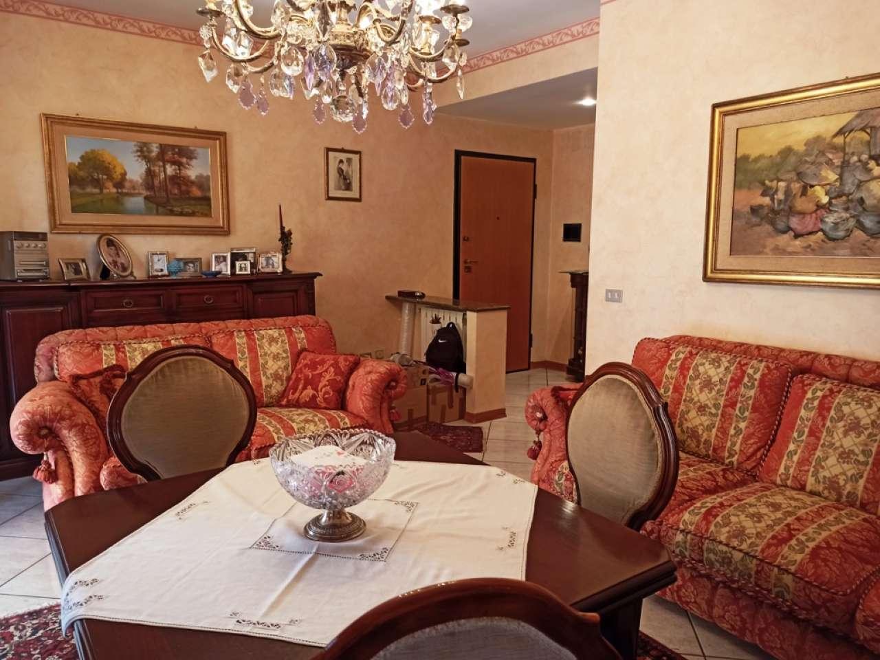 Appartamento in vendita a Pedara, 8 locali, prezzo € 160.000 | PortaleAgenzieImmobiliari.it