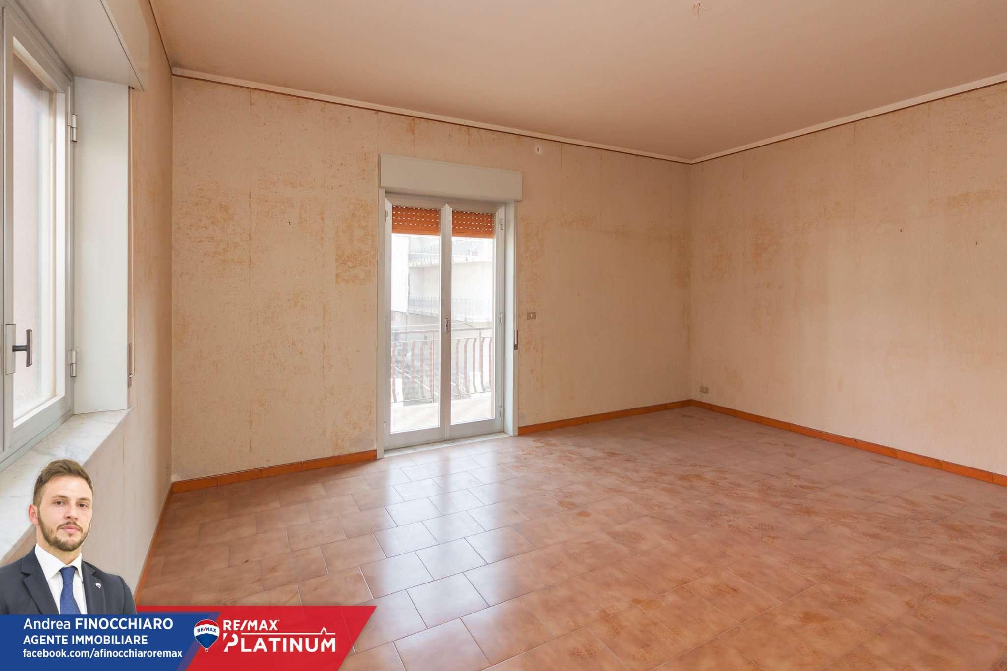 Appartamento in vendita a Aci Sant'Antonio, 4 locali, prezzo € 95.000 | PortaleAgenzieImmobiliari.it