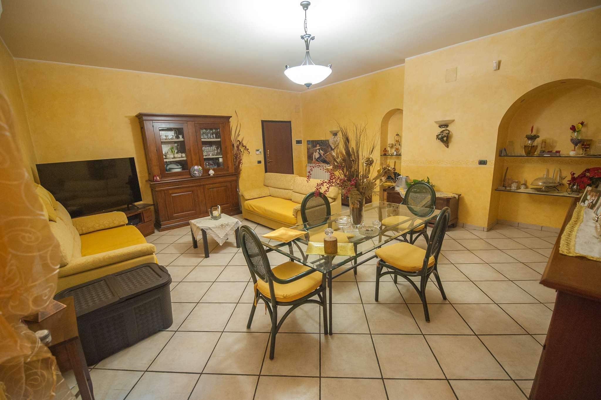 Appartamento in vendita a Catania, 5 locali, prezzo € 239.000 | PortaleAgenzieImmobiliari.it