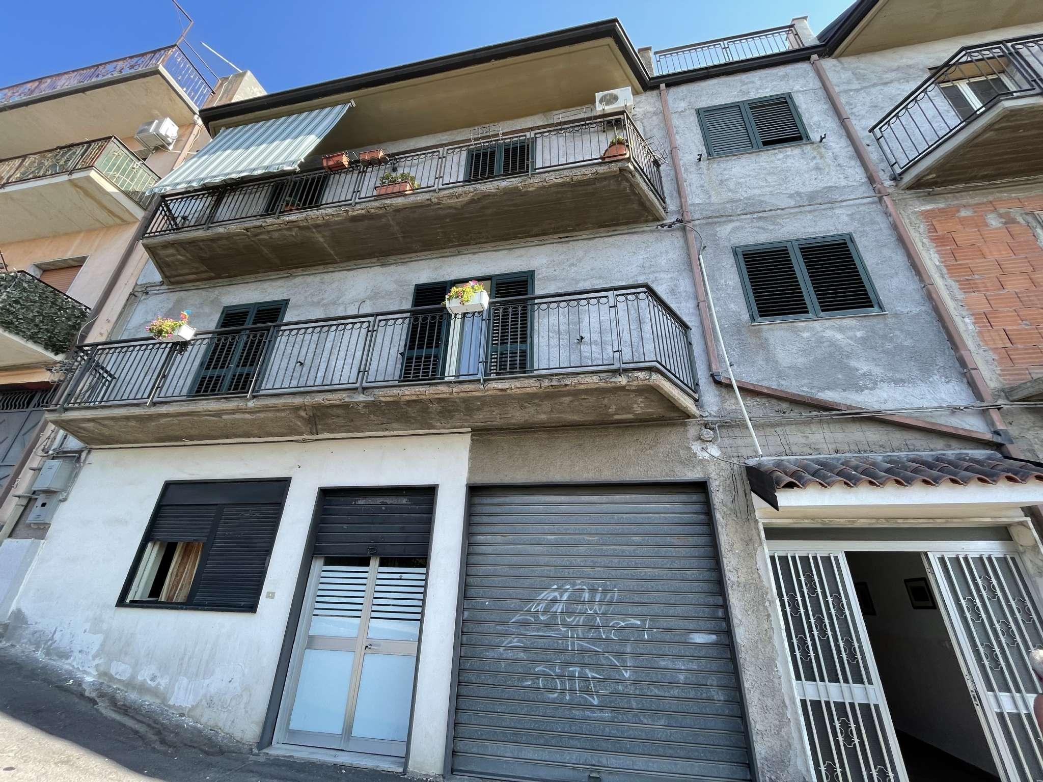 Appartamento in vendita a Santa Maria di Licodia, 6 locali, prezzo € 89.000   PortaleAgenzieImmobiliari.it