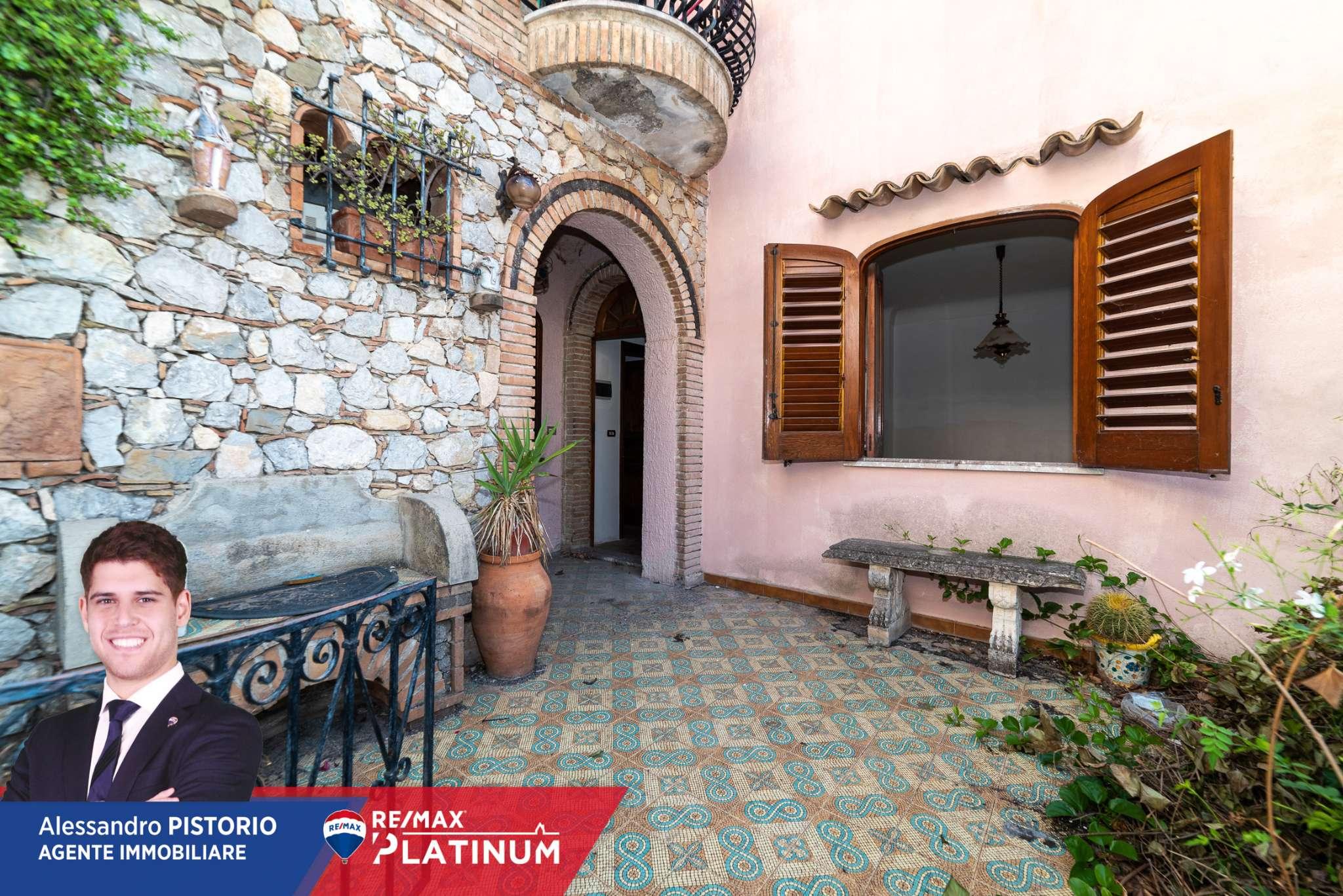 Appartamento in vendita a Taormina, 6 locali, prezzo € 345.000   PortaleAgenzieImmobiliari.it