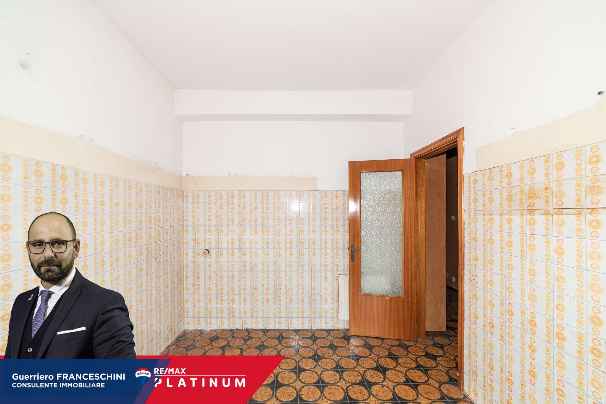 Appartamento in vendita a San Giovanni la Punta, 4 locali, prezzo € 120.000   PortaleAgenzieImmobiliari.it