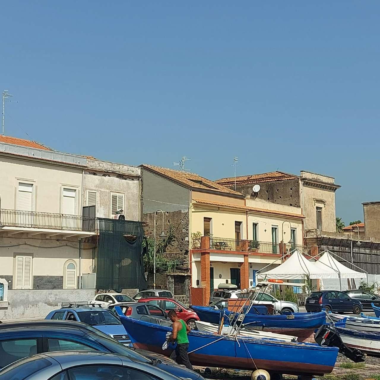Appartamento in vendita a Acireale, 16 locali, prezzo € 228.000 | PortaleAgenzieImmobiliari.it