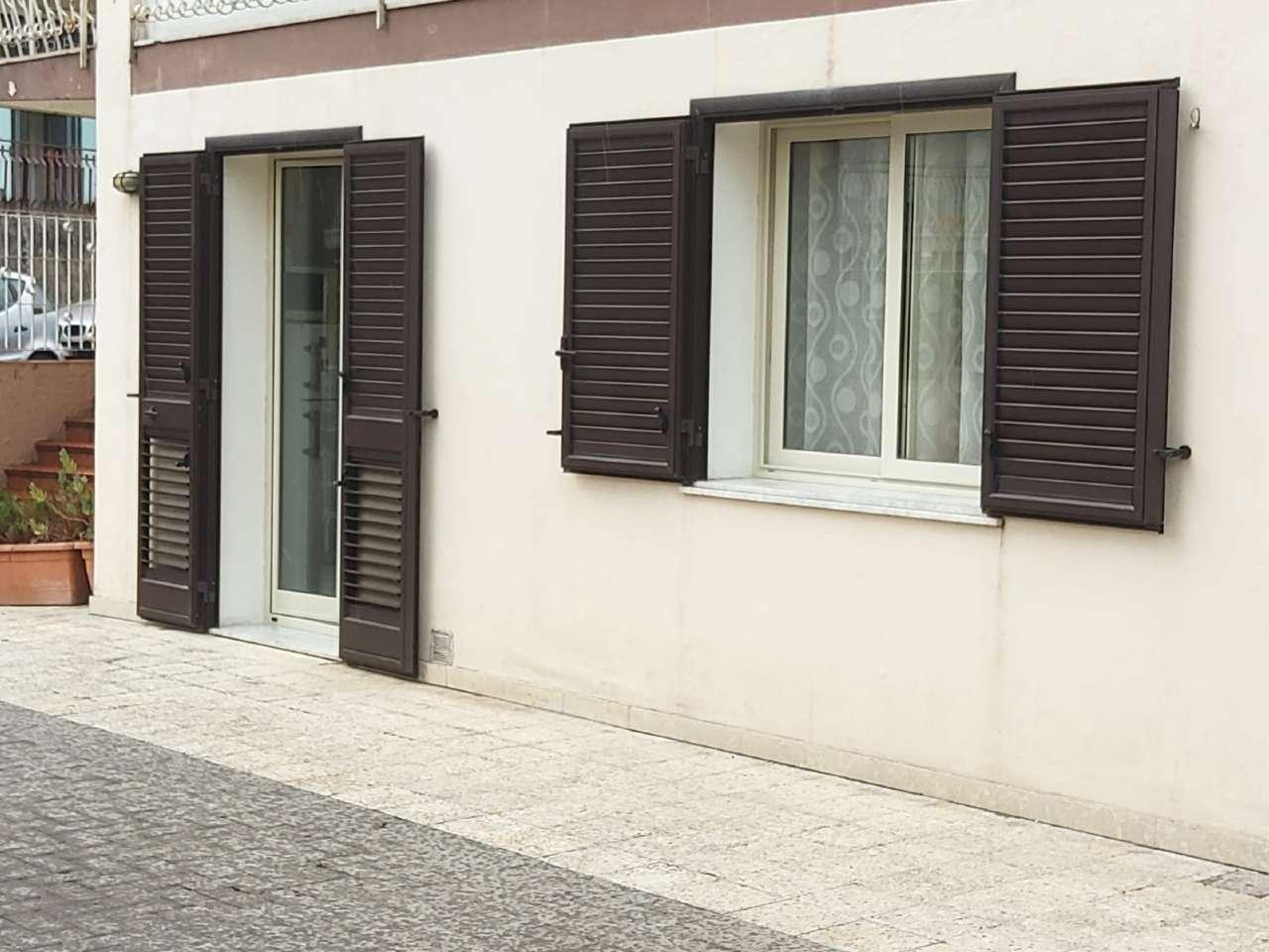 Appartamento in vendita a Acireale, 3 locali, prezzo € 70.000 | PortaleAgenzieImmobiliari.it