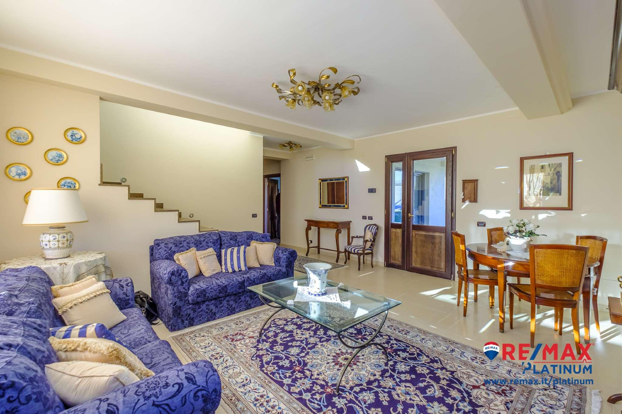 Villetta a schiera in ottime condizioni arredato in vendita Rif. 8913770