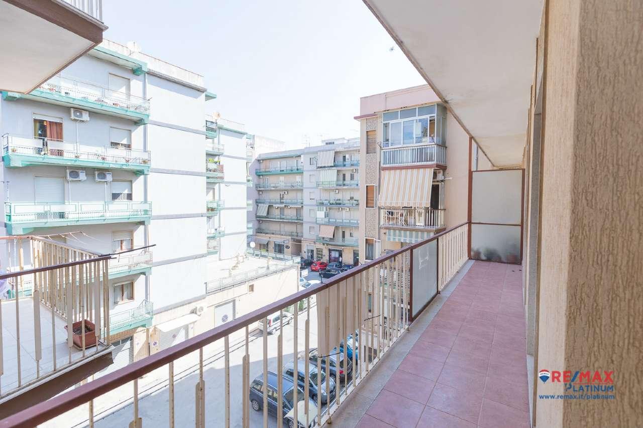 Appartamento da ristrutturare in vendita Rif. 8939952