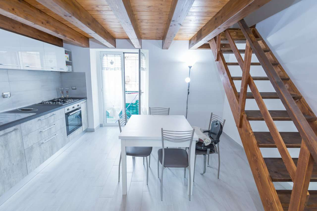 Appartamento ristrutturato arredato in vendita Rif. 8939958