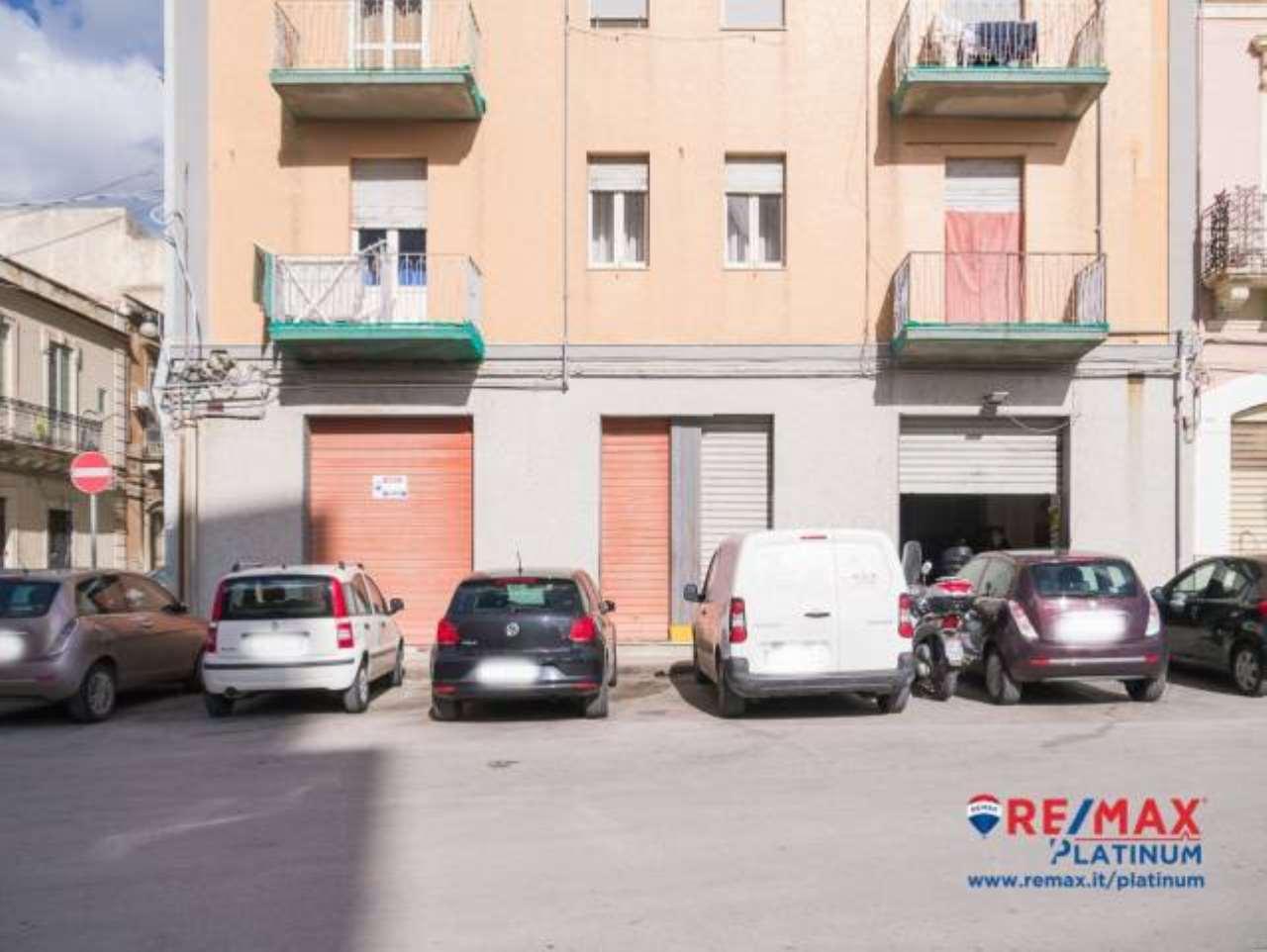 Garage/Magazzino 380 mq Borgata