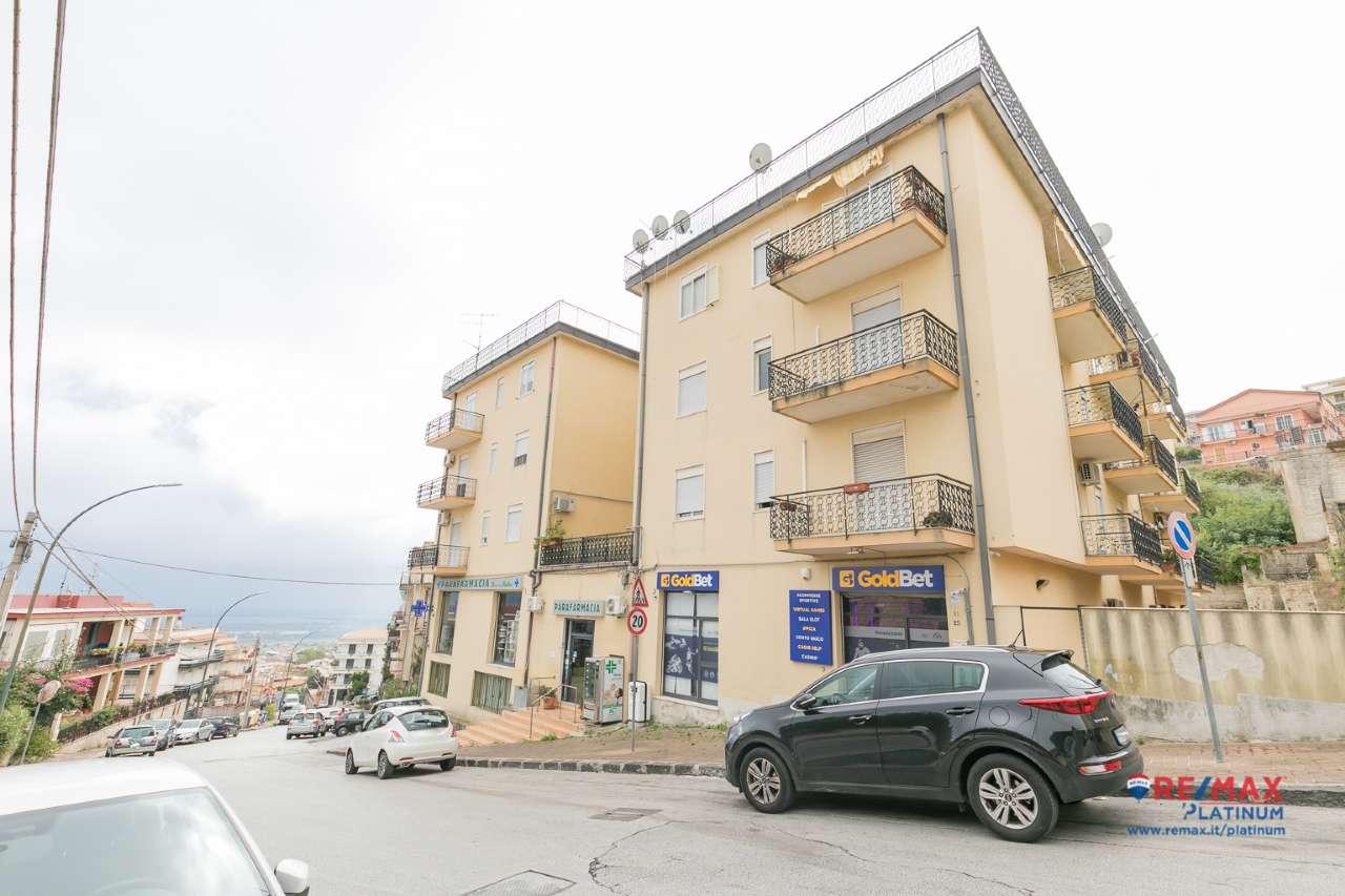 Appartamento in affitto a Melilli, 7 locali, prezzo € 300 | PortaleAgenzieImmobiliari.it