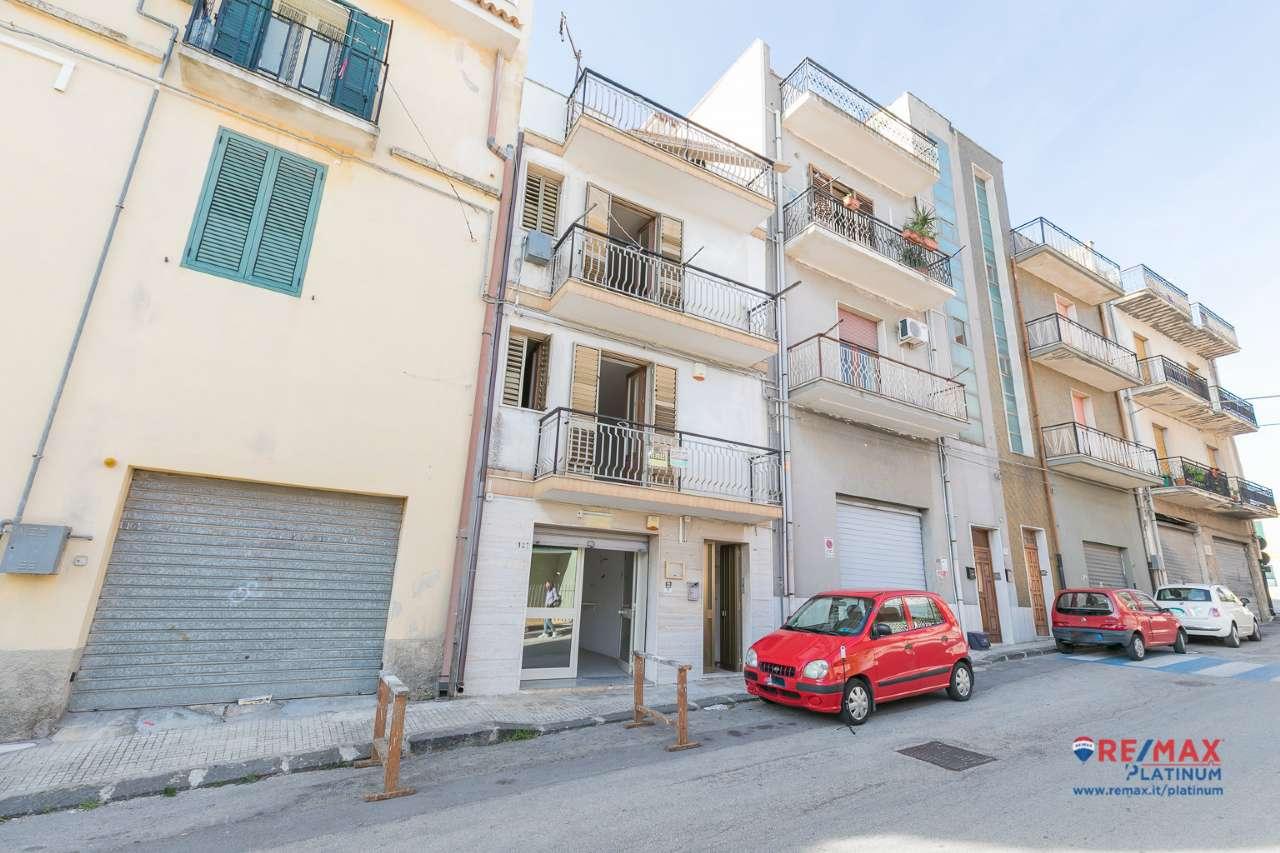 Soluzione Indipendente in affitto a Melilli, 7 locali, prezzo € 250 | PortaleAgenzieImmobiliari.it