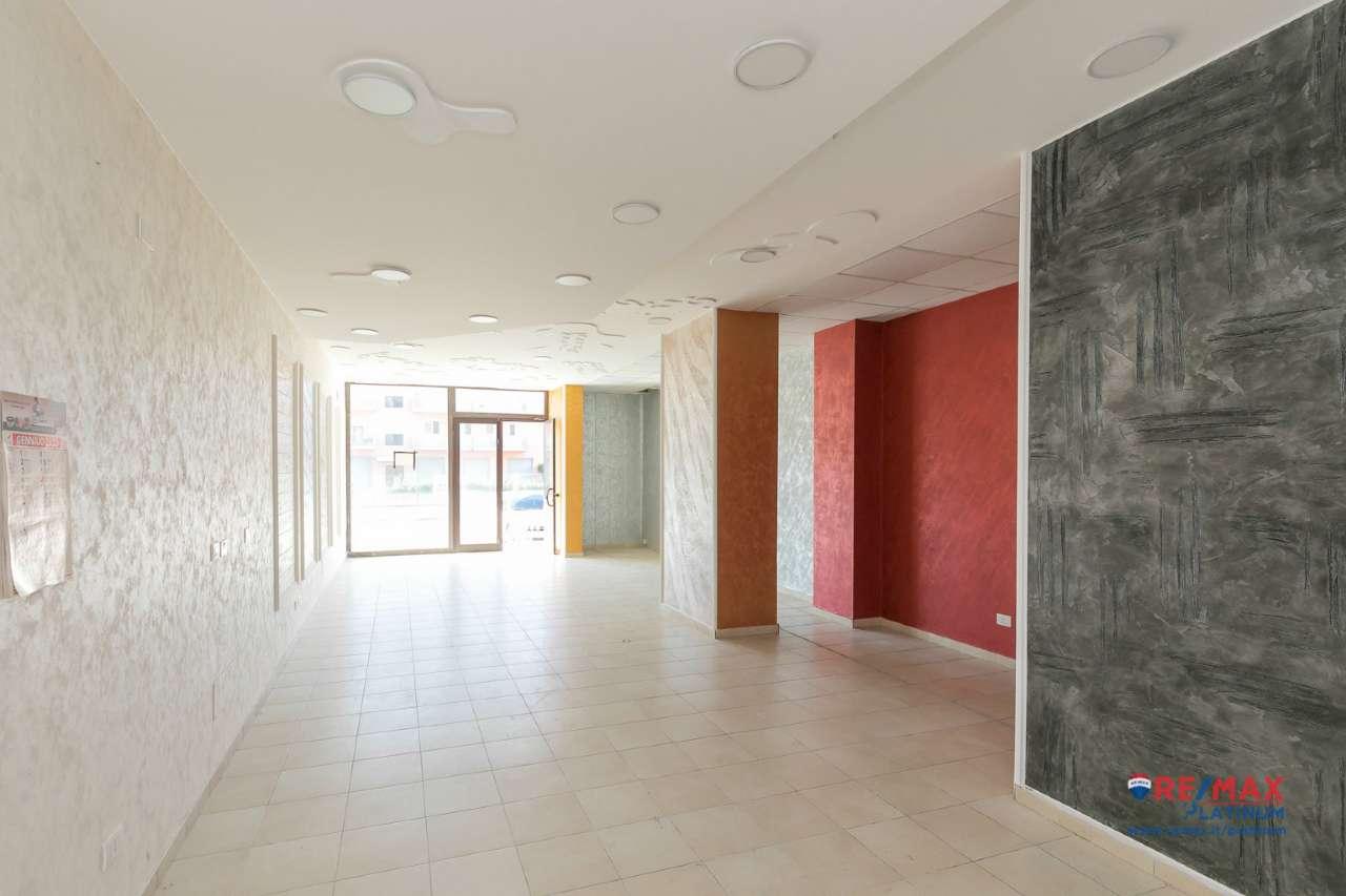 Negozio / Locale in vendita a Floridia, 2 locali, prezzo € 199.000 | PortaleAgenzieImmobiliari.it